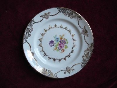 STETSON-CHINA-GOLDEN-BEAUTY-SALAD-DESSERT-PLATE
