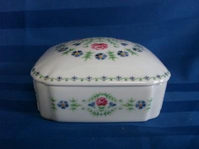 leclair lec limoges france white porcelain floral. Black Bedroom Furniture Sets. Home Design Ideas