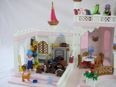 Playmobil 4250 fairy tale magic castle 4251 kitchen 4255 for Chateau playmobil 4250