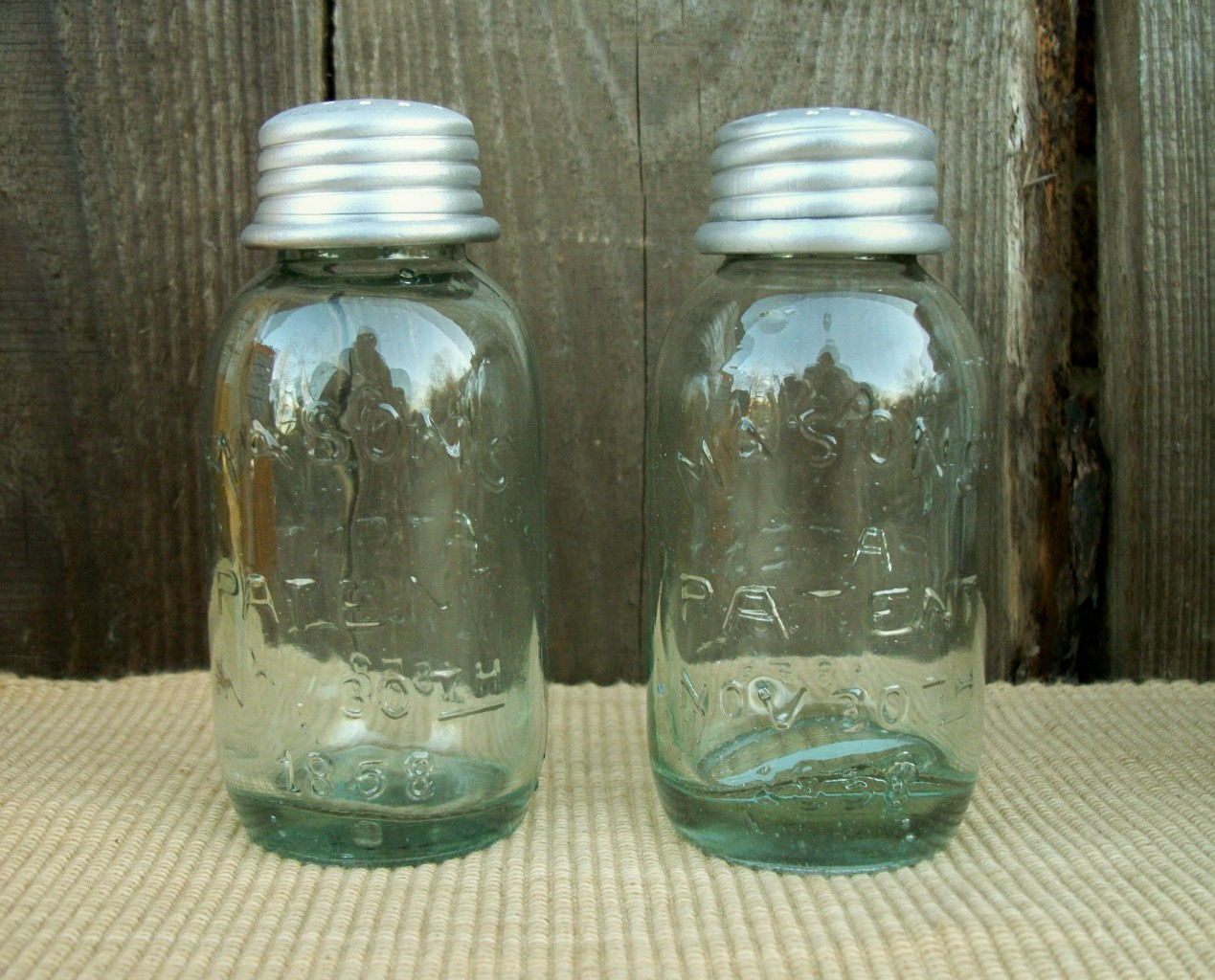 Mini Vtg Mason Glass Fruit Jar Salt Pepper Shakers