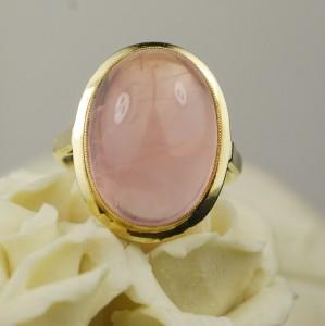 14K Domed Rose Quartz Gemstone Ring - 6.1 Grams