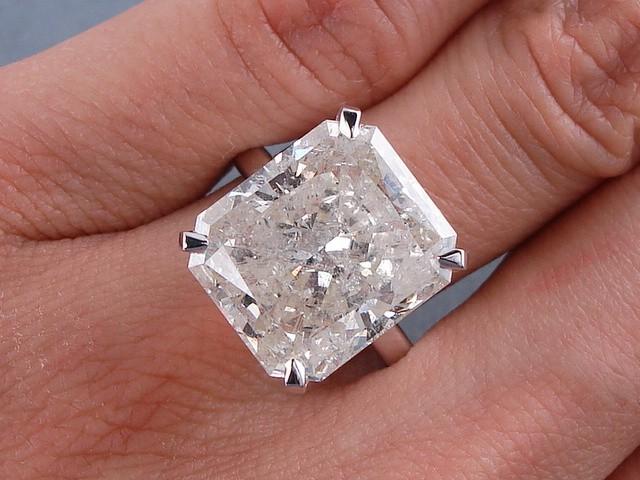 10 29 CT CARAT RADIANT CUT DIAMOND ENGAGEMENT RING