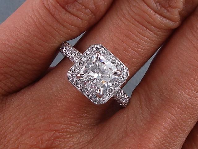 2 00 CARATS CT TW CUSHION CUT DIAMOND ENGAGEMENT RING G VS2
