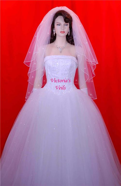 Fingertip veils
