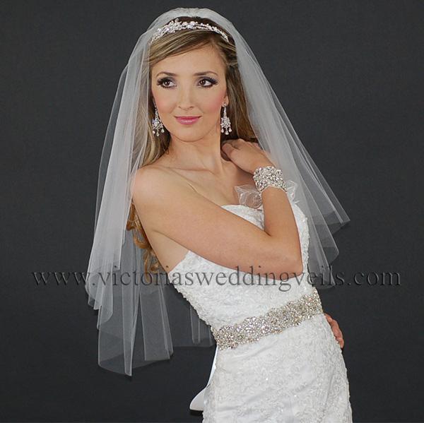 cut edge wedding veil