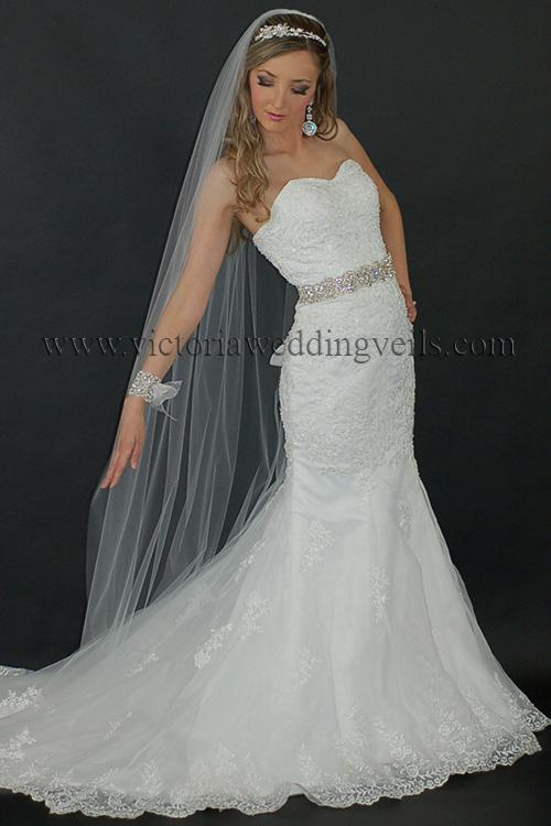 floor long bridal veil