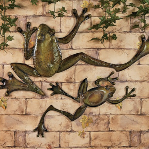 2 Pc Leaping Wall Frogs Outdoor Patio Metal Frog Wall Art
