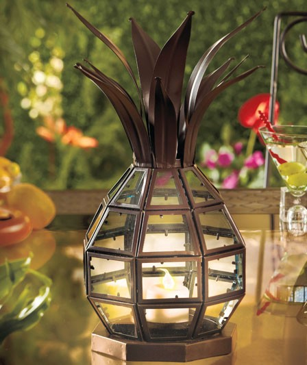 Topical glass pineapple centerpiece candle lantern light for Pineapple outdoor decor