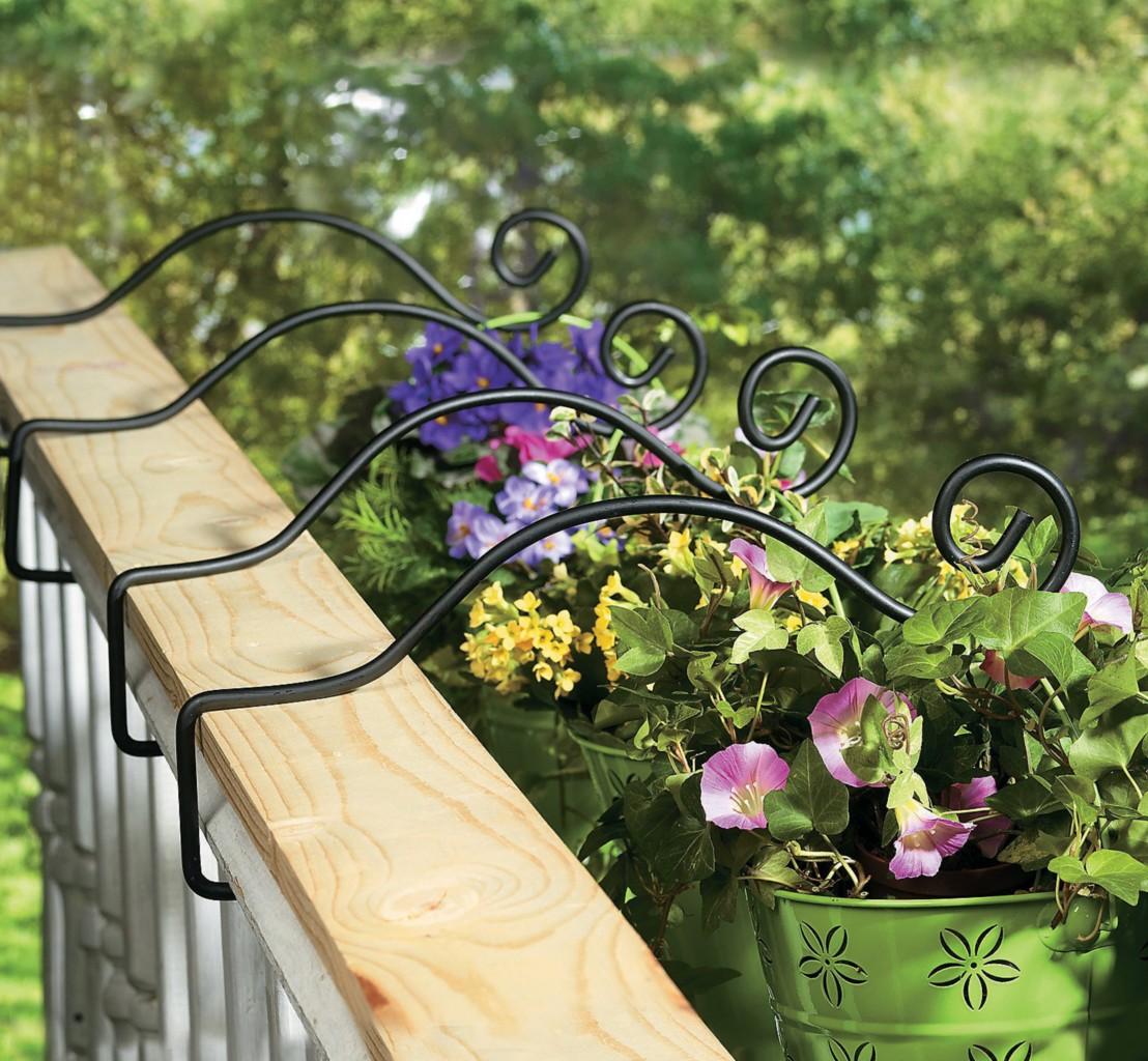 set of 4 metal deck rail plant hanger planter hooks new ebay. Black Bedroom Furniture Sets. Home Design Ideas