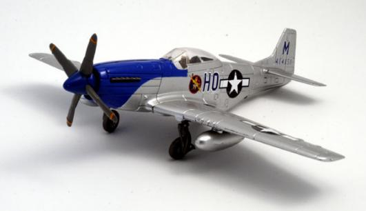 WWII P 51 Mustang Fighter display aircraft 1:48 scale