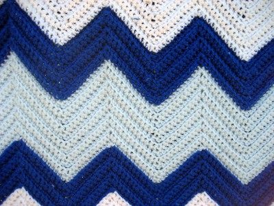 Crochet Patterns Zig Zag Blanket : ... Zig Zag Designed Crochet Afghan Throw Blanket~Blue~V ery Large 84x68