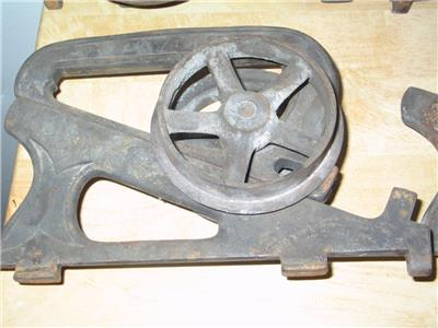 4 Antique Ives Cast Iron Pocket Barn Door Rollers