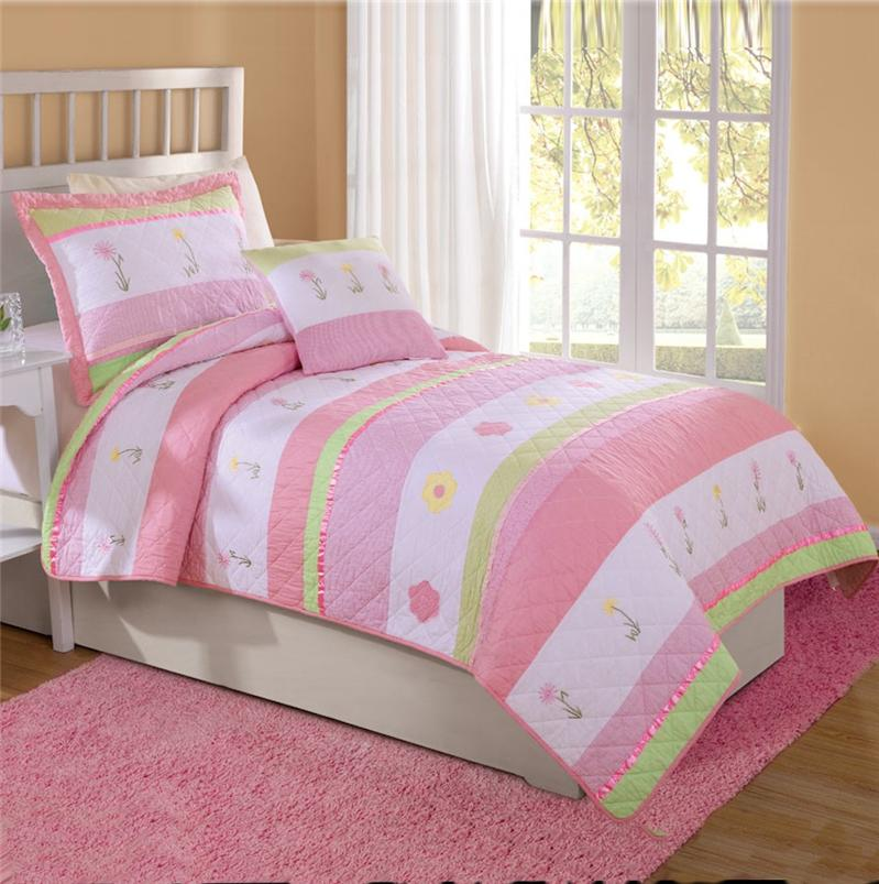 Tara Stripe Pink Green Flowers Twin Full Queen Quilt