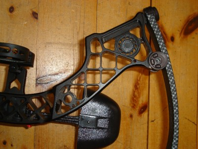How to adjust draw length on mathews creed xs