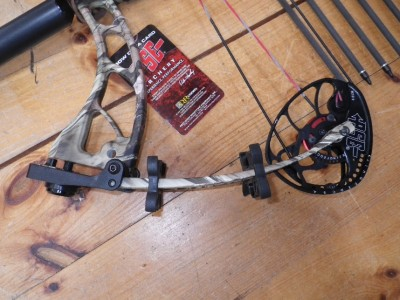 2013 PSE Brute-X MP Camo Compound Bow Package LEFT Hand 60-70# With