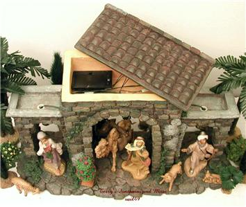 fontanini italy 5 retired lighted town gate nativity. Black Bedroom Furniture Sets. Home Design Ideas