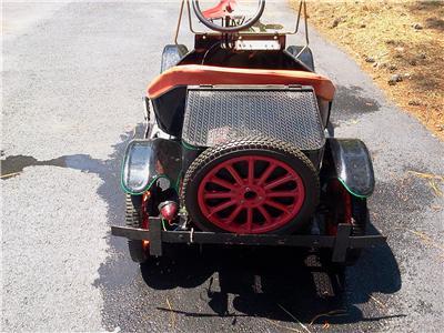 Shriner Model T Mini Kars Runs Nice Cool Car With Pull Behind Boat Tin