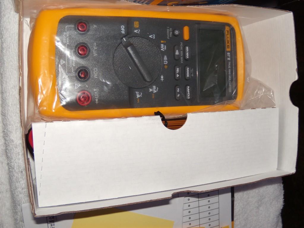 fluke 87v multimeter. new *good working & calibrated*