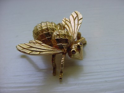 Fashion  Locations Missouri on Vintage Solid 18k Yellow Gold Bug Pin Brooch Bee Fly   Ebay