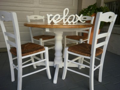 french country beach house dining kitchen table and 4 rush seat chairs