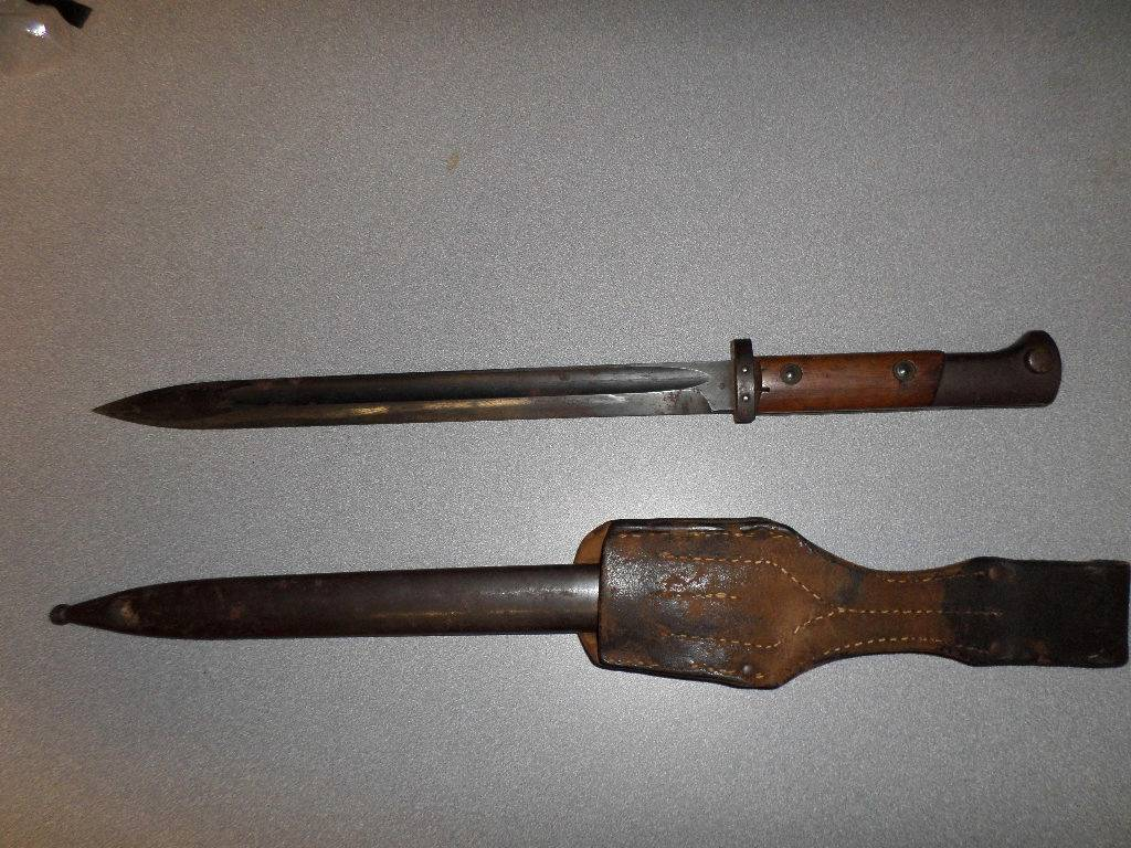 K98 Germany Bayonet WWII Wood Handle W Scabbard and Frog ...