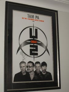 U2-OFFICIAL-2009-FULLY-HAND-SIGNED-CUSTOM-FRAMED-360-TOUR-POSTER