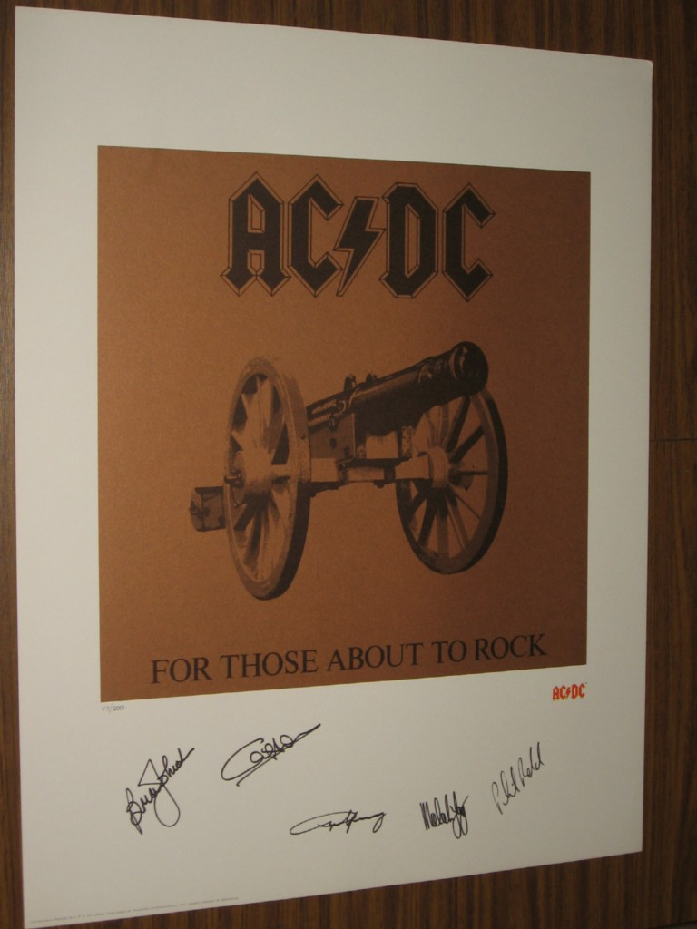 AC-DC-FOR-THOSE-ABOUT-TO-ROCK-HAND-SIGNED-LITHOGRAPH-PHOTO-OF-SIGNING