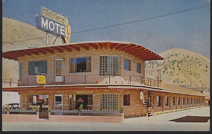 POSTCARD - Flame Inn, Jackson, Wyoming