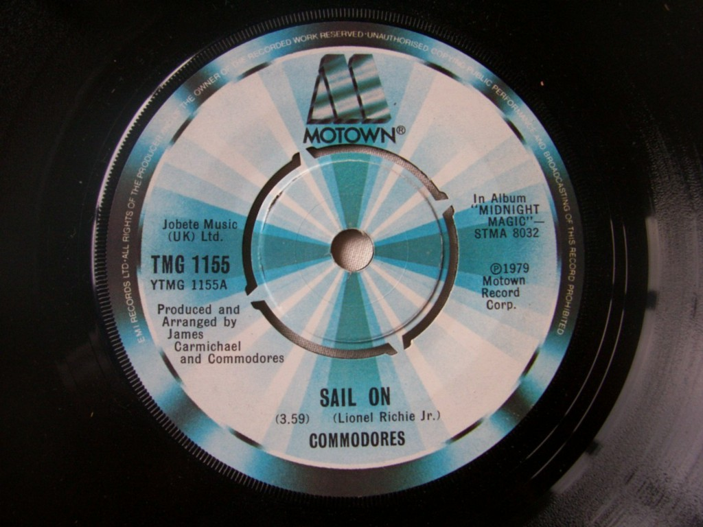 Commodores - Sail On Record