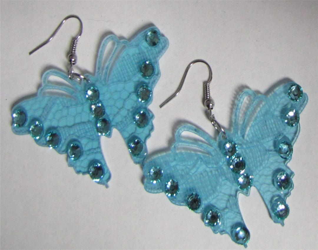 Butterfly Shaped Wire Fashion Earrings  Ebay. Special Earrings. Cultured Pearl Earrings. December Birthstone Earrings. Multicolor Earrings