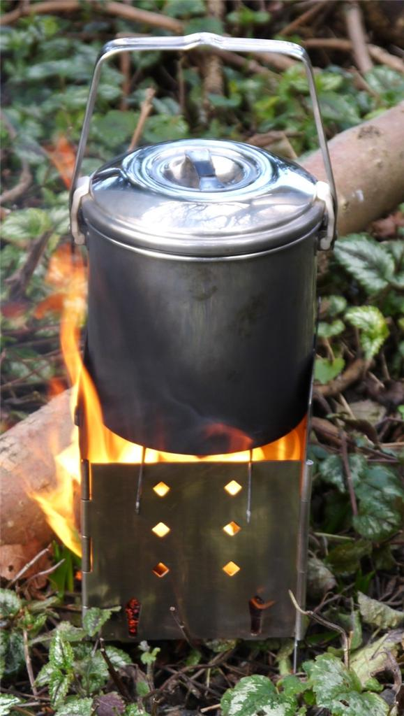FOLDING-FIREBOX-CAMPFIRE-STOVE-Brilliant-camping-wood-stove
