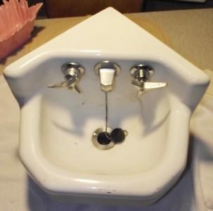 Vintage Kohler Corner Sink Porcelain Cast Iron Enamel White Small ...