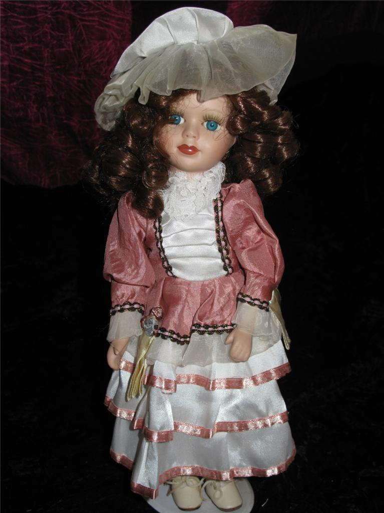 collectable alberon porcelain doll please choose from