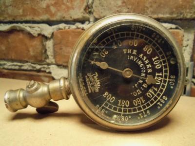 Vintage steam temp gauge steampunk industrial - Steampunk pressure gauge ...