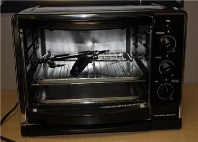 ... Hamilton Beach Large Capacity Countertop Rotisserie/Con vection Oven
