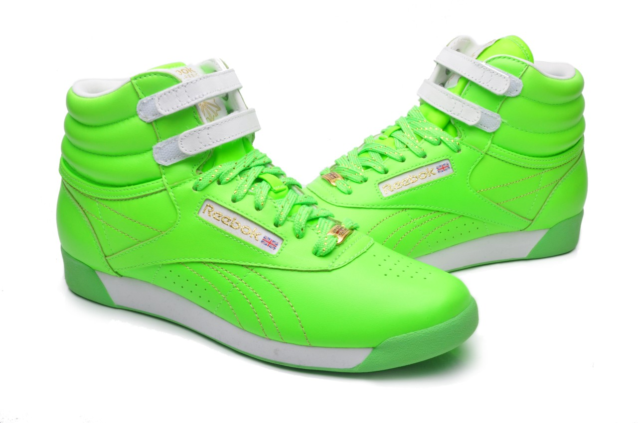 Find a great selection of Women's Lime Green Shoes, Men's Lime Green Shoes and more at Macy's. Macy's Presents: The Edit - A curated mix of fashion and inspiration Check It Out Free Shipping with $49 purchase + Free Store Pickup.