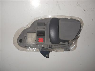 95 98 chevy gmc ck truck 95 99 tahoe suburban inside door handle rh side gray ebay for 1999 suburban interior door handle