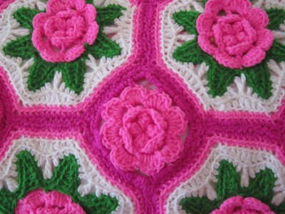 AFGHAN CROCHET PATTERN PINK WHITE
