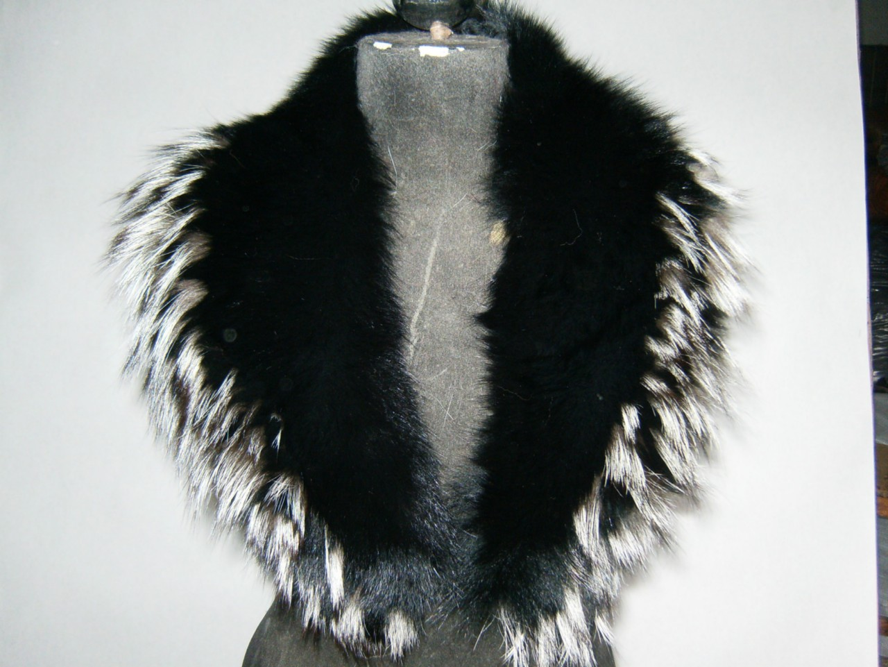 black and silver tips fox fur collar