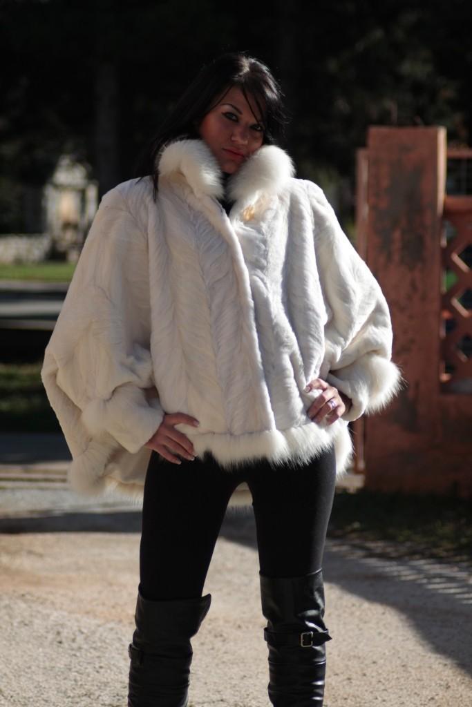 white mink fur caoe from fur manufacturer