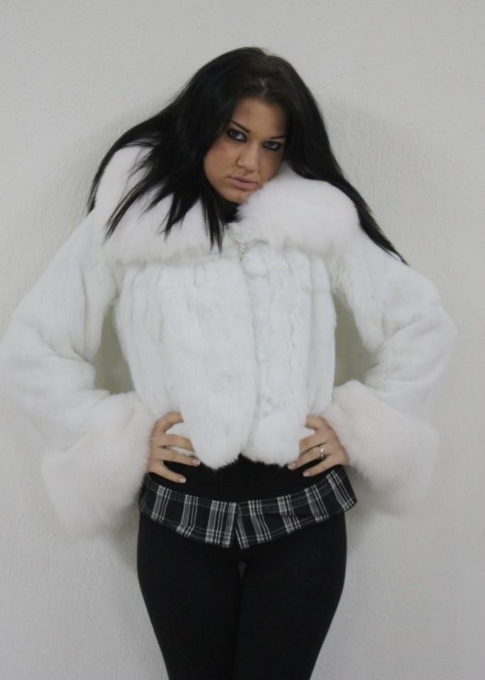 white rex rabbit fur