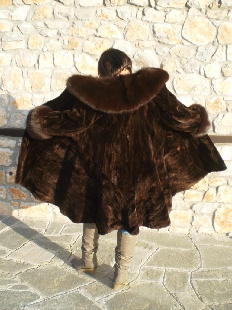 brown beaver fur coat fox collar and cuffs rear view