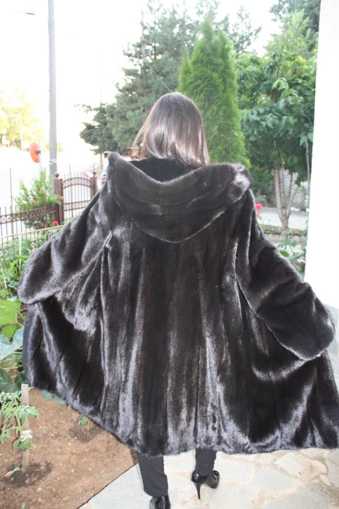 black mink fur coat hood rear view