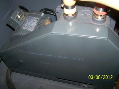 Welch 1402 DuoSeal Belt Drive Rotary Vane Mechanical Vacuum Pump