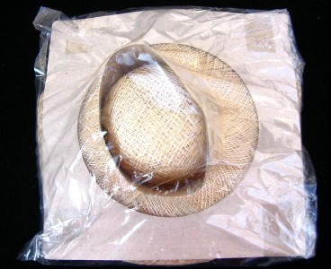 Straw Hat Craft Ideas http://www.ebay.com/itm/Lot-of-6-Straw-Hat-7-Great-for-Crafts-Dolls-Decoration-NICE-/260869099872