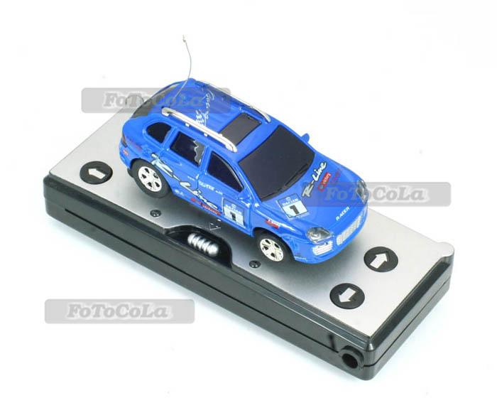 27MHz Mini Micro Remote Control Car Race Racer Toy 4 Direction w Road Blocks