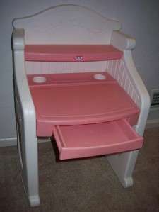 EUC Vintage Little Tikes Pink & White Victorian Desk WILL