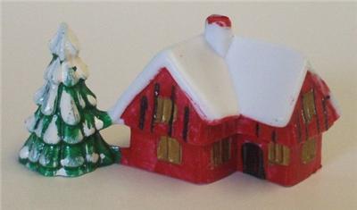 SMALL PLASTIC SNOWY HOUSE CHRISTMAS CAKE CHOCOLATE LOG ...