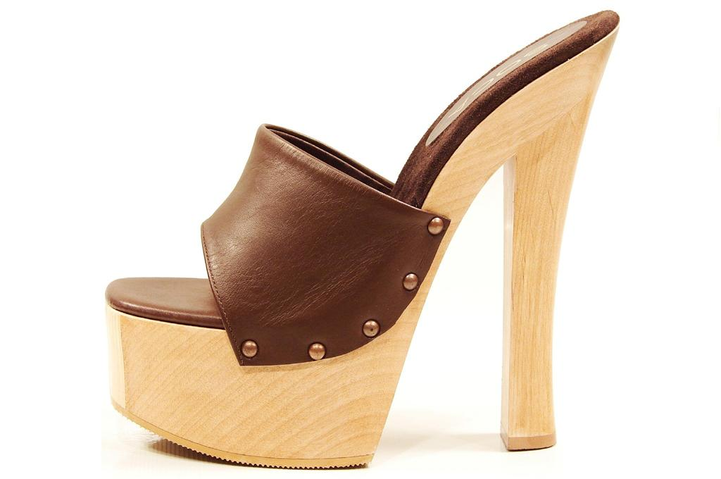 soca shoes brown high heel wood platform slip on