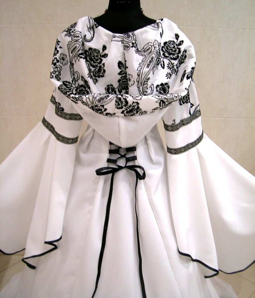 medieval wedding dress gothic costume l xl xxl 16 18 20. Black Bedroom Furniture Sets. Home Design Ideas